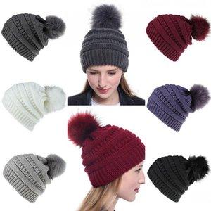 Cappellino donne 9 colori invernali Pom Pom Warm Fluffy sfera Beanie signore Skull Beanie solido Crochet Ski Party Outdoor Cappelli OOA8264