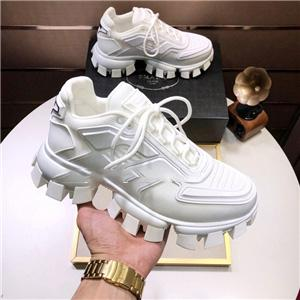 2020 NEW xshfbcl progettista Sneakers bottom is red shoe Low Cut Suede spike Shoes For Men and Women Luxury Shoes Party Wedding crystal Leat