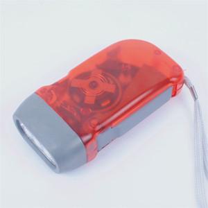 Pressione di mano Torce elettriche della lampada della torcia elettrica Lighter Lamparas Tactical Flashlight protezione dell'ambiente Pressed brillantemente caldo 2 2BH C2