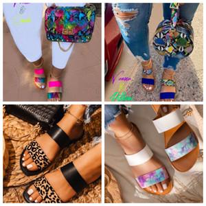 2020 nouvelles sandales d'été des femmes plates mode pantoufles pour les femmes des femmes de plage tongs chaussures gros maison intérieur Slipers