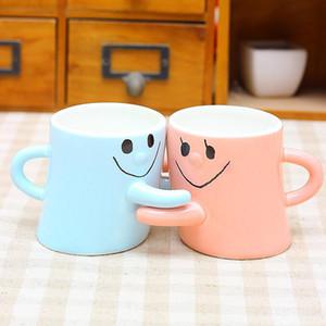 2pcs a lot Color expression embracing Smiling couple hug ceramic mug Creative Valentine Wedding decoration Gift Free ship T200506