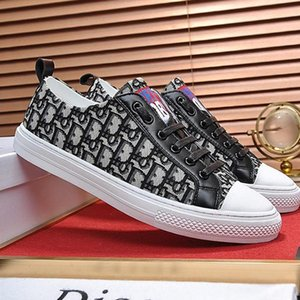 Fashion Shoes Mens Flats Breathable Casual Shoes Luxury Summer Footwears Sneaker Walk &#039 ;N Sneaker In Oblique Embroidered Canvas Hot Sal
