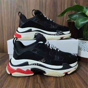 Top Quality New Paris Moda 17fw Triple S Sneakers Botas Homens Mulheres Preto Verde Branco Vintage Velho Velho Vovô Sapatos Casuais tamanho 36-45