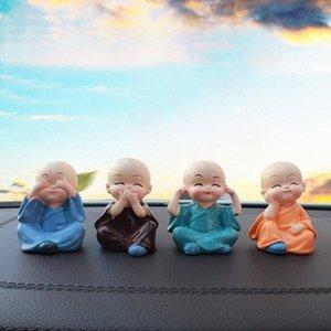New Small Monk Auto-Dekoration reizende Puppe Ornamente Autozubehör Resin Bürotischdekoration 5BKm #