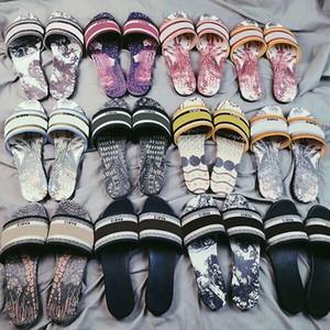 Las mujeres DWAY diapositivas Zapatilla Ramour cuero beige bordado algodón Sandles de calidad superior plana zapatos de suela de plata metálica y Negro Multicolor