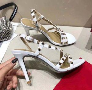Newlassic de tacón alto sandalias de cuña zapatos de mujer de tacón de lujo diseñador de vaquero hebilla de metal para fiestas Ocupación sandalias atractivas shoe013 L15