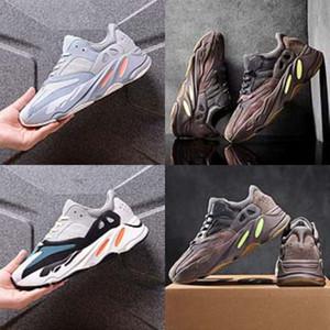 Sneaker Rose Baby Girl Bottes Gym entraîneur Kanye West 700 Kanye West 700 Chaussures Little Boy Bottes enfant en bas âge Sneaker soccer design de mode Kid S # 777