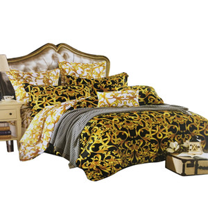 High-end Luxury French Italy Style Design King Queen Size Coffee Golden Color Pattern Print Home Use Bedding Sets 4PCS