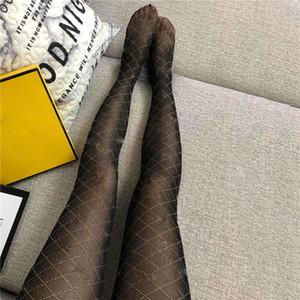 Fil d'or sexy Mesh Bas Femmes Mode bronzante G Lettres Femmes Collants Chaussettes Filles de soirée de mariage Net Pantyhose