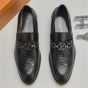 2020 Man point toe dress shoe Italian designer formal mens dress shoes genuine leather black luxury wedding shoes men flats office for male