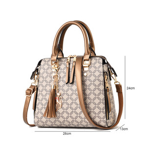 Crossbody Tassel Bag For Women Plaid Sac Femme Quilted A Ladies Hand Designer Luxury Handbags Main Bag 2020 Bags1 Duhwh