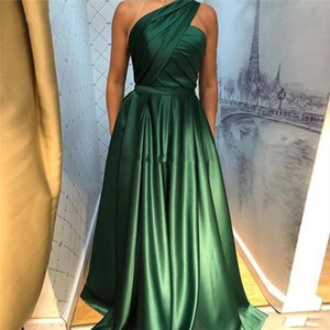 One Shoudler 2020 Evening Dresses With Split Sleeveless Zipper Back Arabic Formal Prom Party Gowns Pockets Floor Length