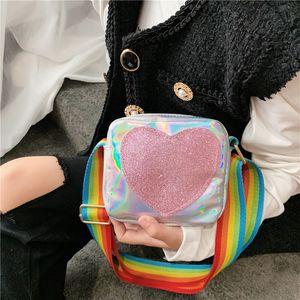Korean vsion 2020 new children's tong bao tong bao cute girl single shoulder laser bag love diagonal mini square bag