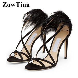 2020 Summer Femmes Noir Sandales Gladiator Noir Talons Prom Party Pompes Feather Décor Lady Sandalias Femmes Zapatos Mujer