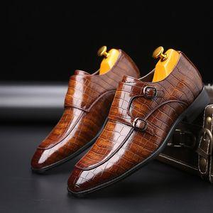 2020 Classic Crocodile Pattern Business Flat Shoes Men Designer Formal Dress Leather Shoes Men's Loafers Christmas Party Shoes CX200731