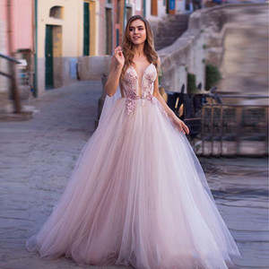 Princess Evening Dresses Long 2020 Lace Appliques V Neck Tulle Celebrity Formal Dresses Puffy Skirt Prom Gowns vestido de festa