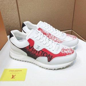Hot nuovo Men Casual Shoes Chaussures Sport pour hommes lusso Men Shoes Tipo Leather Fashion Vintage scappare Scarpe da uomo Scarpe da ginnastica di lusso Casua