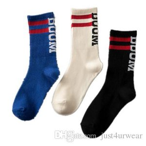 Mens Ins Hot Sell Letter Print Socks Striped Fashion Seasons Socks Hip Hop Street Male Socks