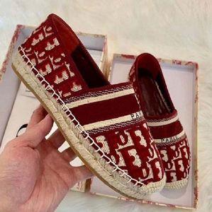 Spor ayakkabılar Kadın Ayakkabı Koşu Yeni Yüksek Kalite Kadın Moda Lüks Tasarımcı Ayakkabı Sneaker platformu Espadrilles bag04 C8 Run Away