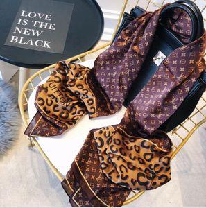 Classique or brillant et argent Loüis VuìttSilk écharpe châle brillant mous des femmes de la mode foulards hommes femmes scarves.180x90 classique en soie
