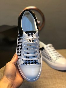 2019 New arrivel scarpe da uomo firmate white Suede strap walking shoes with flat bottom Grid style design casual shoes#1F