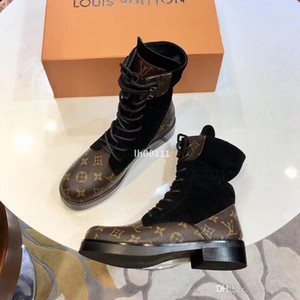 2018 Brand Fashion Luxury Designer Women Shoes Mid boots Superstar New Thick Heel Boots Luxury Womens Shoes High Quality Booties