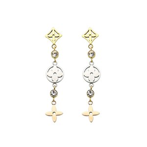 Exquisite Fashion Lady Titanium steel Tassels Single Diamond Hollow Out Four Leaf Flower 18k Gold Plated Engagement Dangle Designer Earrings