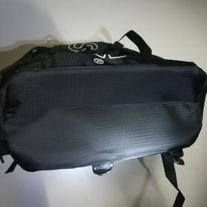 Nueva escuela de moda bolsa de sup bolsa de ultra ligero de primavera mochila mochilas de los estudiantes de la marca de hombro (negro, rojo)