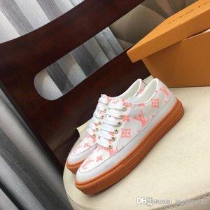 2020 Fashion Arena Triple s Womens Casual Shoes Paris 17FW Vintage Dad Trainer Shoes Clear Sole Platform Sneakers
