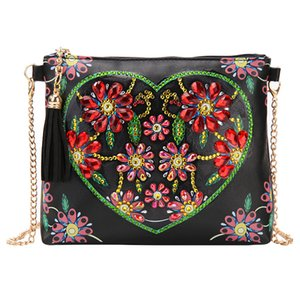 5D Diamond Painting Leather Cross-body Bag with Chain DIY Special Shaped Diamond Embroidery Bag Wallet Pouch Zipper Handbag for Girls Women