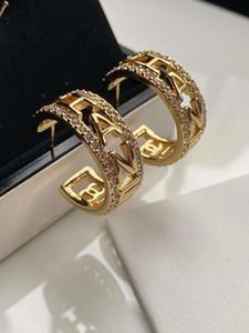 Verkauf galvani dickes Gold einfach unregelmäßig eingelegte Perle Mode Atmosphäre Designer Ohrringe Luxus-Designer-Schmuck Frauen Ohrringe