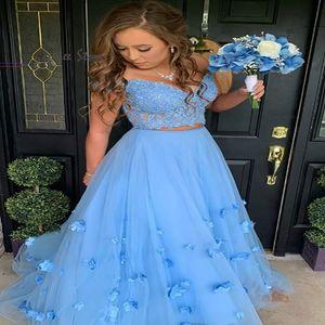 Pretty Blue Prom Dresses Two Piece Cap Sleeves Tulle Floral Prom Dress Long Elegant Lace Evening Dress 2020 Aline Cheap robes de soirée