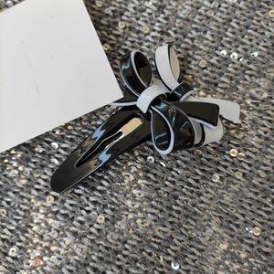 nouvelle mode cheveux Accessoires pour collection Ladys article clip Acrylique Fleur Hair Fashion avec bowknot couvre-chef avec une carte VIP