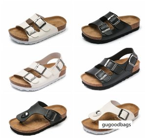 Clogs PU Leather Children Toddlers Footwear Unisex Arizona Slides Boys Kids Thong Sandals for Sale