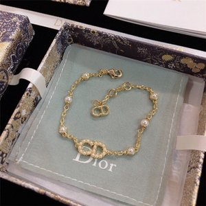 joyería del diseñador B0668CDLRS_D301 pulseras de diseño amor joyas pulsera pulsera de hip hop bijoux de créateurs de lujo femmes pulseras de oro