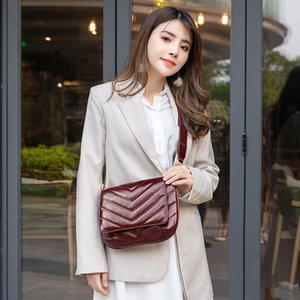 Hot-sale women 2020 new women's middle-aged women's mother leather diamond lattice messenger shoulder Diamond shoulder bag bag