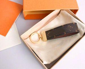 2020 designer key chain Fashion designer Key Chain Gift men's and women's souvenir car leather keychain