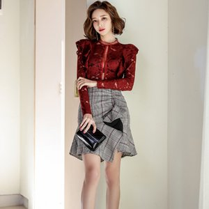 2020 Hollow Out Lace Blouse and Ruffle Wrap Mini Skirt Ladies 2 Piece Set Winter Christmas Evening Party Two Piece Set for Women