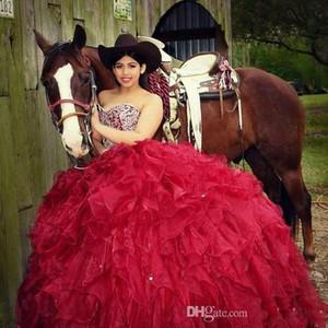 Sparkly frisada Red Vestidos Quinceanera Bola Vestidos pescoço namorada Ruffles Trens Prom Evening Wear Pageant Vestido De 15 Anos baratos