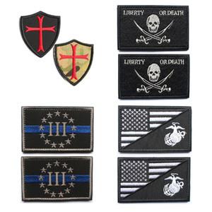 50PCS Военного патч Вышитые тактические патчей установить флаг США Морских черепа рыцари Жетоны Stripes аппликации для одежды