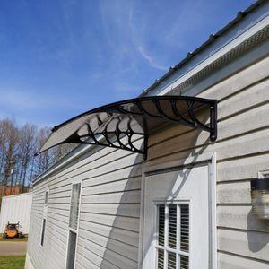 100 * 100 Vordach Türfenster Sonne Schuppen Haushalt Canopy Außendekoration Regen Eaves Cover mit schwarzer Halter-Zahnstange