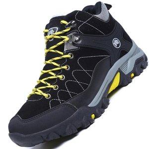 Botas de los hombres con cálidos Flush nieve Botas de invierno de 2020 unisex zapatos de trabajo al aire libre de las zapatillas de deporte de los hombres antideslizante tobillo de los hombres