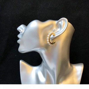 G Горячий продавать Explosive Personality Wild Изысканный Pearl Дизайнерские серьги Роскошные Дизайнер ювелирных изделий Женщины серьги