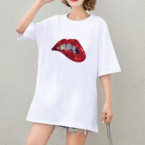 Kadınlar Sıcak Satış Tops Bayan Moda Tişörtler Kız Casual DIY Tişörtler Seksi Dudaklar Desen Baskı Lady Tees Yeni Kısa Kollu