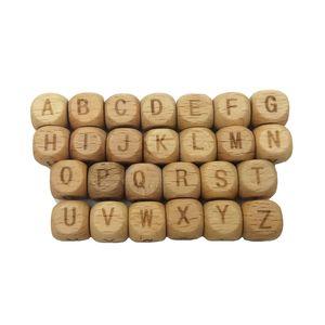 Praça Alfabeto de madeira Beads Teether 10 milímetros de faia de madeira Letter Beads para fazer jóias DIY madeira dentição Colar Beads