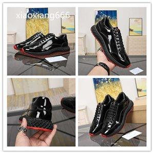2020 neue Art und Weise der beiläufigen Schuhe importiert Reifen Männer Rindrutschfest verschleißfeste Naturgummisohle Schuhe gediegen und elegant Super v