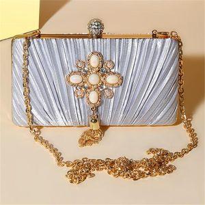 Абер 2020 раз шелковых вечерних сумок жемчужных цветов свадьба сцепление бумажники металл кисточка ужин бумажники с цепью MN1251