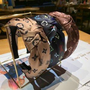 Kaymaz Şapkalar Düğümlü Kafa Çizgili Saç Hoop Hediyeler DHL için Geniş Yan Firkete Spor Kafa 4 Renkler Bantlar Saç Aksesuarları