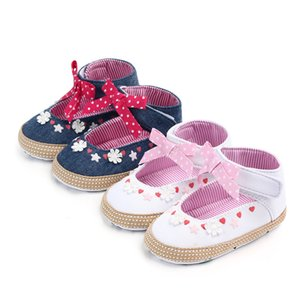Princess for Little Girls Shoes Non-slip Hollow Out BabyFootwear for Girls of the First Steps in the Cage for Babies