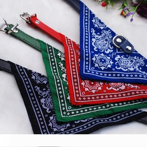 2015 New 30pcs Lot Wholesale Fashion Dog Bandana Triangle Scarf Collars Pet Cat Puppy Collars Fashion Dog Necklaces Pet Supplies